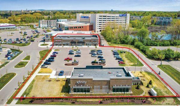 Multi Tenant Retail Building